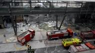 Dezember 2006: Eta verübt einen Bombenanschlag auf den Flughafen von Madrid.