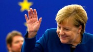 Angela Merkel bei der Ankunft im Europäischen Parlament in Straßburg
