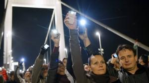 Widerstand gegen Internet-Maut wächst