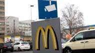 Hier wurde Tugce angegriffen: der Parkplatz einer McDonald's-Filiale in Offenbach