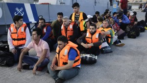 Gabriel fordert Fähren für syrische Flüchtlinge