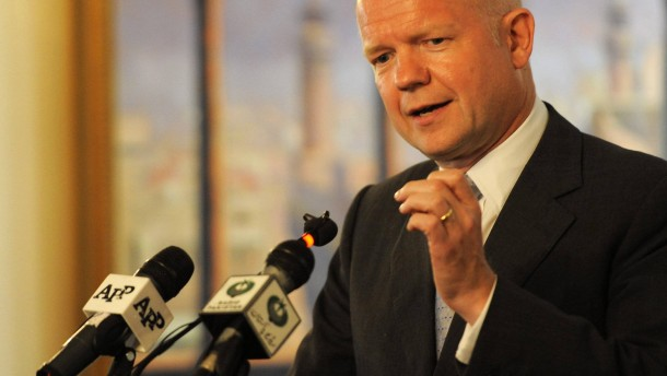 British Foreign Secretary William Hague speaks on Syria