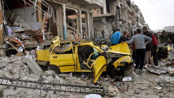 Über 140 Tote bei Anschlägen in Damaskus und Homs