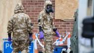 Dekontaminierungsarbeiten im ehemaligen Wohnhaus des Doppelagenten Skripal in Salisbury