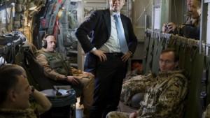 Guttenberg fordert Karzai zum Kampf gegen Korruption auf