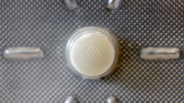 Laumann: Pille danach nur mit Rezept