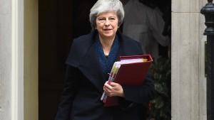 Falls May über den Brexit stürzt