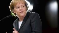 Will staatliche Anreize gegen: Merkel am Samstag in Karlsruhe