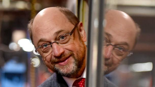 Schulz holt auch in Forsa-Umfrage auf