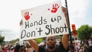 Neue Ermittlungen gegen Polizei in Ferguson