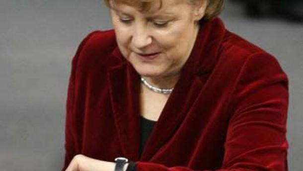 Merkel ruft zum Spritsparen auf