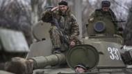 Separatisten: Haben schwere Waffen abgezogen