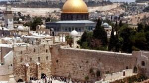 100.000 Palästinenser beten friedlich auf dem Tempelberg