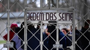 Immer mehr Menschen besuchen deutsche KZ-Gedenkstätten
