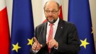 Schulz so beliebt wie Merkel