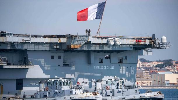 Soldaten von Frankreichs Flugzeugträger erheben schwere Vorwürfe