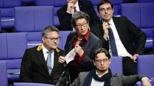 AfD-Abgeordnete verstoßen gegen Maskenpflicht