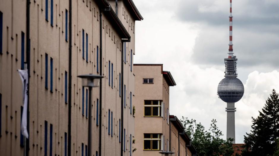 Die öffentlichen Wohnungsgesellschaften kauften insgesamt rund 14.750 Wohnungen.