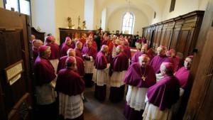 Bischöfe beschließen Vorschriften gegen Missbrauch