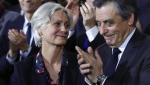 Interview belastet Präsidentschaftskandidat Fillon