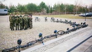Städte- und Gemeindebund gegen Schulverbot für die Bundeswehr