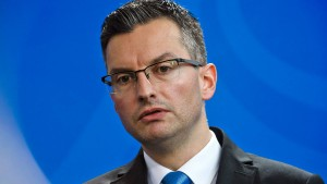 Sloweniens Ministerpräsident Sarec tritt zurück