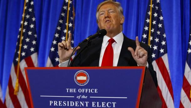 Donald Trump äußert sich zum brisante Dossier