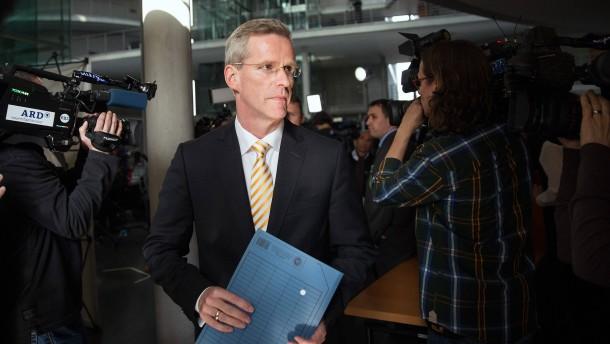 Vorsitzender des NSA-Ausschusses tritt zurück
