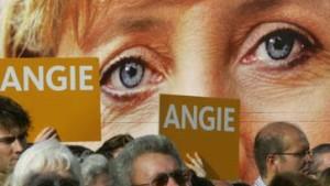 Merkel bremst Kirchhof