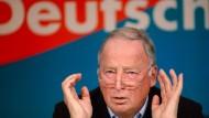 Gauland sieht AfD als neue Heimat für Merkel-Kritiker