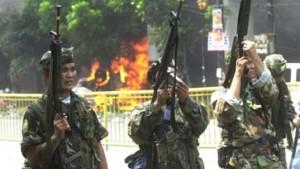 Arroyo droht mit Kriegsrecht