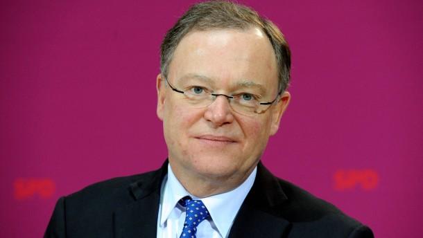 Stephan Weil - Der sozialdemokratische Spitzenkandidat bei der Landtagswahl in Niedersachsen trifft sich am Montag in Berlin mit dem SPD-Parteivorsitzenden Sigmund Gabriel.