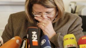 """Rektorin beklagt """"Täterschutz"""""""