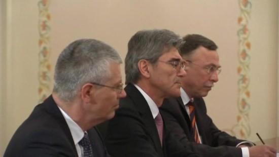 Siemens-Chef Joe Kaeser besucht Putin