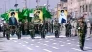 Schiiten im Irak demonstrieren Stärke