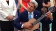 John Kerry ganz musikalisch