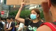 Proteste weiten sich trotz Furcht vor Polizeigewalt aus