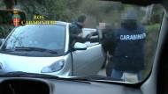 Polizei holt Mafiaboss aus Smart