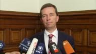 AfD-Parteivorstand Bernd Lucke bestreitet Plan zur Partei-Spaltung
