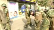 Chilenische Studenten liefern sich Straßenschlacht mit der Polizei