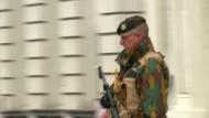 Belgische Polizei nimmt zwölf mutmaßliche Anschlagplaner fest