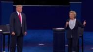 Umfragen sehen nach zweitem TV-Duell Vorteile bei Clinton