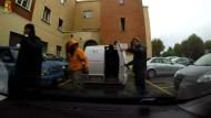 Verfolgungsjagd mit Schlepper-Van