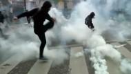 Zusammenstöße zwischen Studenten und Polizei