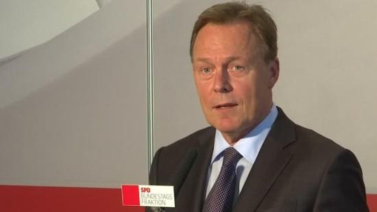 SPD-Fraktionschef Oppermann fordert Abzug der Bundeswehr aus der Türkei
