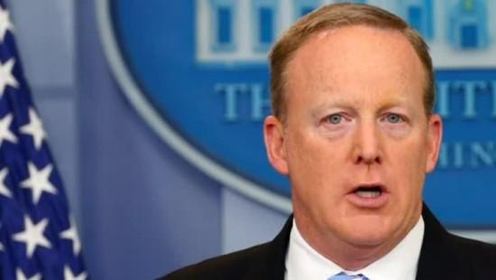 Trumps Sprecher Spicer zurückgetreten