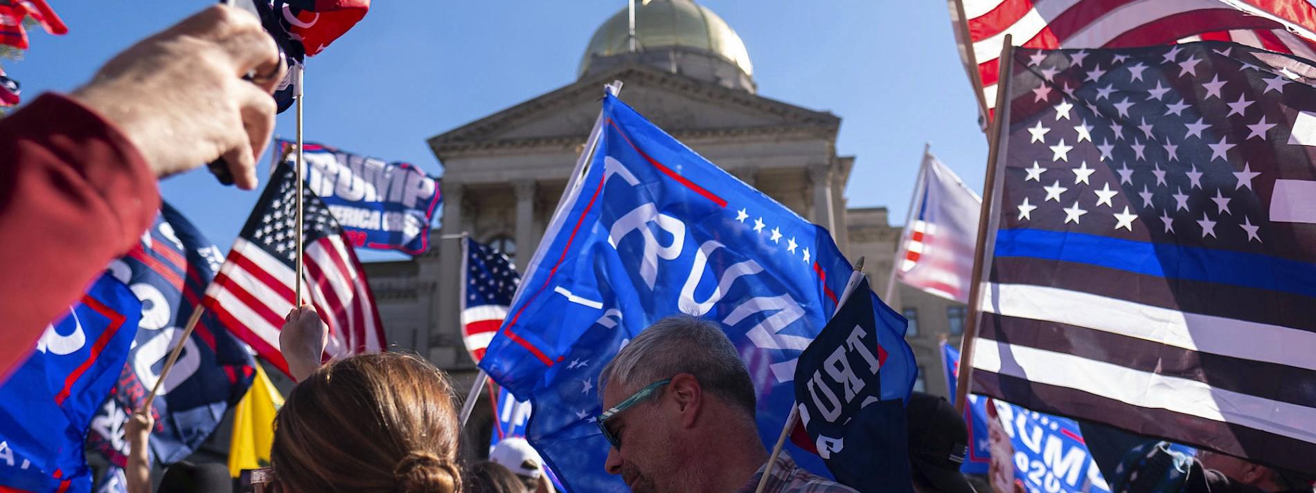 Trump beantragt Neuauszählung der Stimmen in Georgia