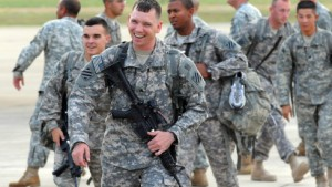 Homosexuelle bleiben vom Militär ausgeschlossen