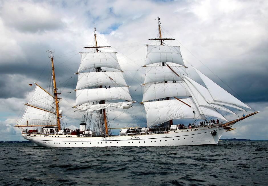 Das Schulschiff unter Segeln