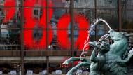 """30 Jahre friedliche Revolution: Mit dem Ruf """"Wir sind das Volk"""" hatten 1989 in Leipzig rund 70.000 Menschen für Freiheit und Demokratie demonstriert."""